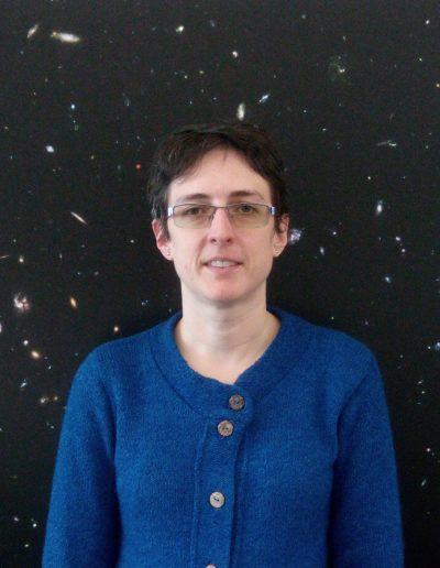 Dra. Julie Nantais