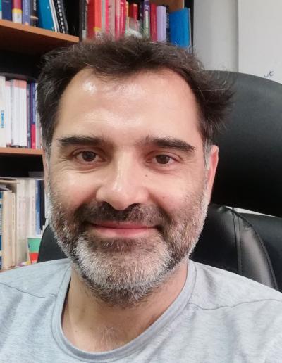 Dr. Mauro Cambiaso